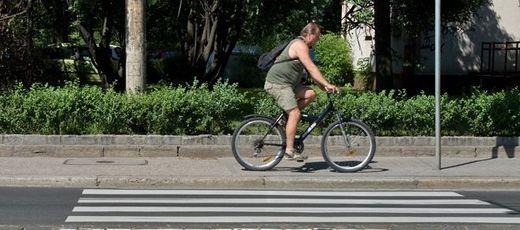 Stanowisko Generalnej Dyrekcji Dróg Krajowych i Autostrad w sprawie ruchu rowerów na chodniku w ciągu drogi krajowej nr 19