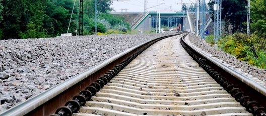 Przedłużenie zamknięcia przejazdu kolejowego w Niedrzwicy Kościelnej do 12.06.2019 r.
